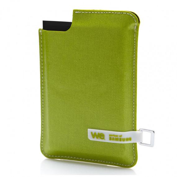 WE SSD externe  120 Go noir avec housse verte