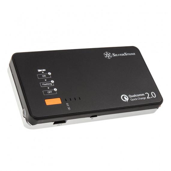 SILVERSTONE SilverStone PB06 - Batterie externe 10000 mAh avec démarreur d'urgence pour voiture, chargeur rapide USB et lampe de poche LED